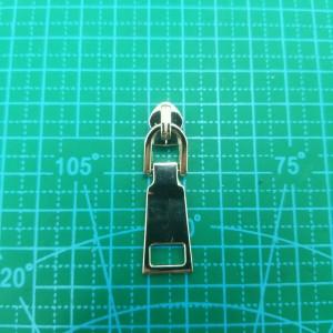Бегунок №5 на пластмассовую молнию никель  арт.232