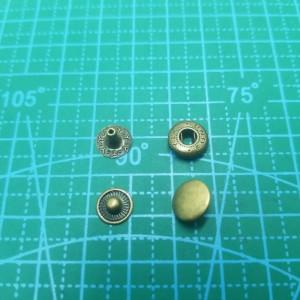 """10 мм Кнопка галантерейная """"Альфа"""" антик."""
