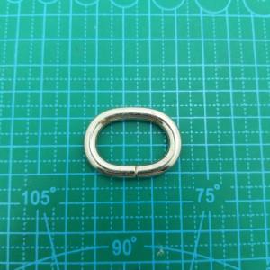 Овальное кольцо 25*15*5 мм никель.