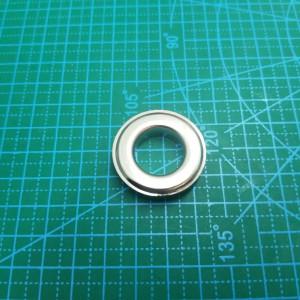 Люверс №31 17 мм никель.