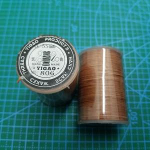 806 Нитки вощеные толщина 0,55 мм круглая, светло коричневая.