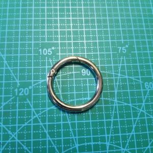 Кольцо 32*5 мм разьёмное никель