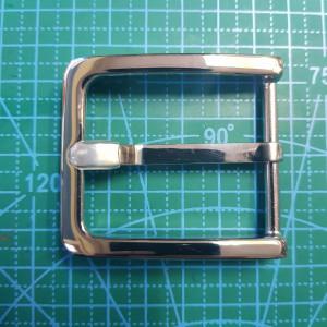 Стальная пряжка на поясной ремень. 40мм XY4 цвет сталь